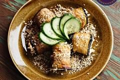Рулеты из баклажанов с сыром и грецкими орехами.
